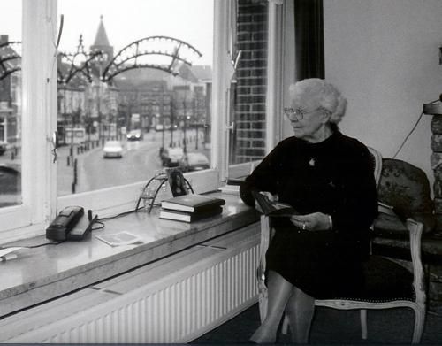 Spiegeltje Baarle Hertog.Anneke Gulickx